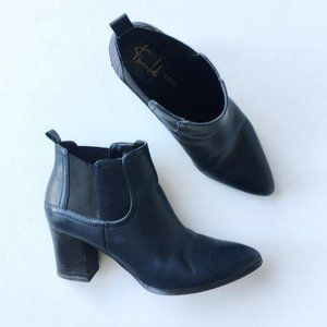 Franco Sarto leather bootie - size 8.5